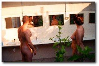 http://www.joopletteboer.nl/images/spiegels2_shadow.jpg